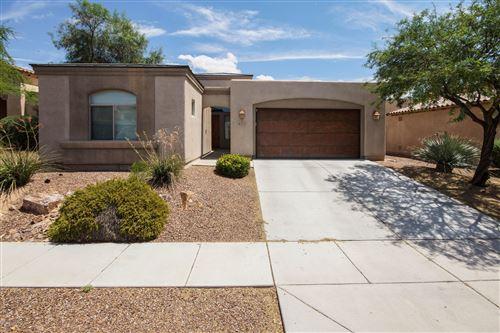 Photo of 4352 W Cloud Ranch Place, Marana, AZ 85658 (MLS # 22026096)