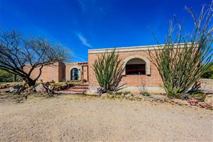 Photo of 1751 N Calle Del Suerte, Tucson, AZ 85745 (MLS # 21910111)