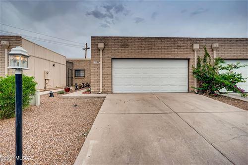 Photo of 1705 S Thaxton Drive, Tucson, AZ 85710 (MLS # 22116125)