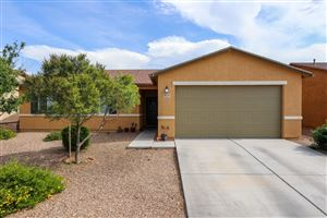 Photo of 8379 W Kittiwake Lane, Tucson, AZ 85757 (MLS # 21919130)