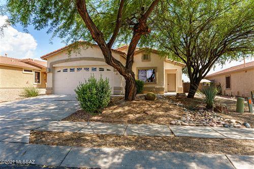 Photo of 5527 W Dove Loft Drive, Marana, AZ 85658 (MLS # 22124163)