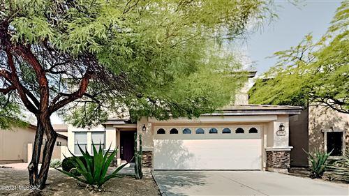 Photo of 13020 N Desert Olive Drive, Oro Valley, AZ 85755 (MLS # 22118165)