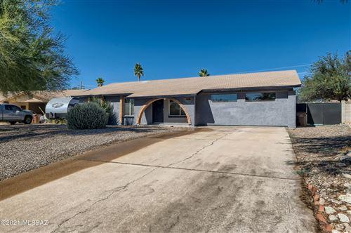 Photo of 4140 W Pyracantha Circle, Tucson, AZ 85741 (MLS # 22127189)
