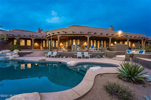 Photo of 5150 N Windsong Canyon Drive, Tucson, AZ 85749 (MLS # 22100194)