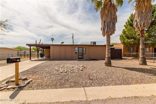 Photo of 8310 E Louise Drive, Tucson, AZ 85730 (MLS # 22109200)