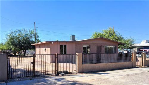 Photo of 11637 W Watz Street, Marana, AZ 85653 (MLS # 21926207)