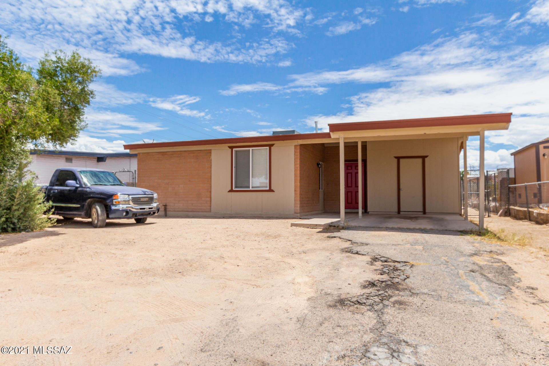 5489 S Santa Clara Avenue, Tucson, AZ 85706 - MLS#: 22117220