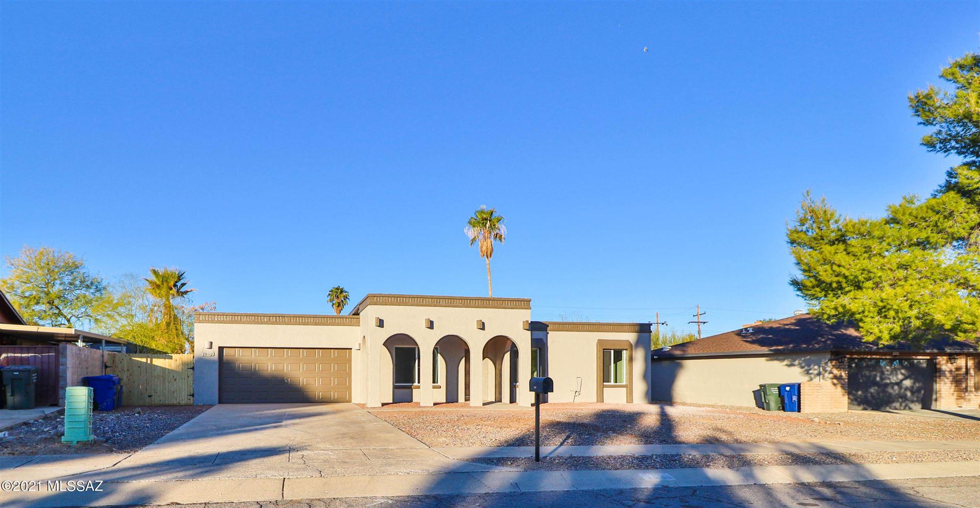 1802 S Burning Tree Avenue, Tucson, AZ 85710 - MLS#: 22100224
