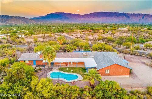 Photo of 4025 N Drake Place, Tucson, AZ 85749 (MLS # 22127262)