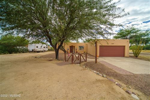 Photo of 18298 S Camino De Paez, Green Valley, AZ 85614 (MLS # 22127264)