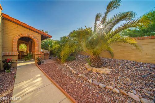Photo of 10 E Camino De Diana, Green Valley, AZ 85614 (MLS # 22125265)