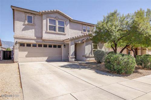 Photo of 13204 N Deergrass Drive, Oro Valley, AZ 85755 (MLS # 22027269)