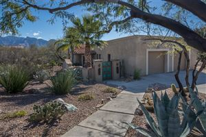 Photo of 907 W Placita Luna Nueva, Oro Valley, AZ 85755 (MLS # 21902271)