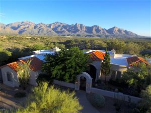 Photo of 13684 N Placita Meseta De Oro, Oro Valley, AZ 85755 (MLS # 21827274)