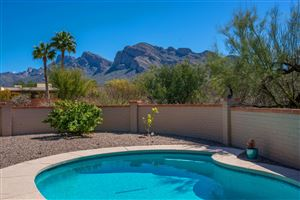 Photo of 655 W Bangalor Drive, Oro Valley, AZ 85737 (MLS # 21908313)