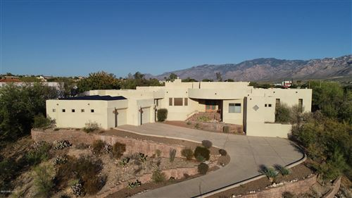 Photo of 10540 N Starsearcher Place, Oro Valley, AZ 85737 (MLS # 21929322)