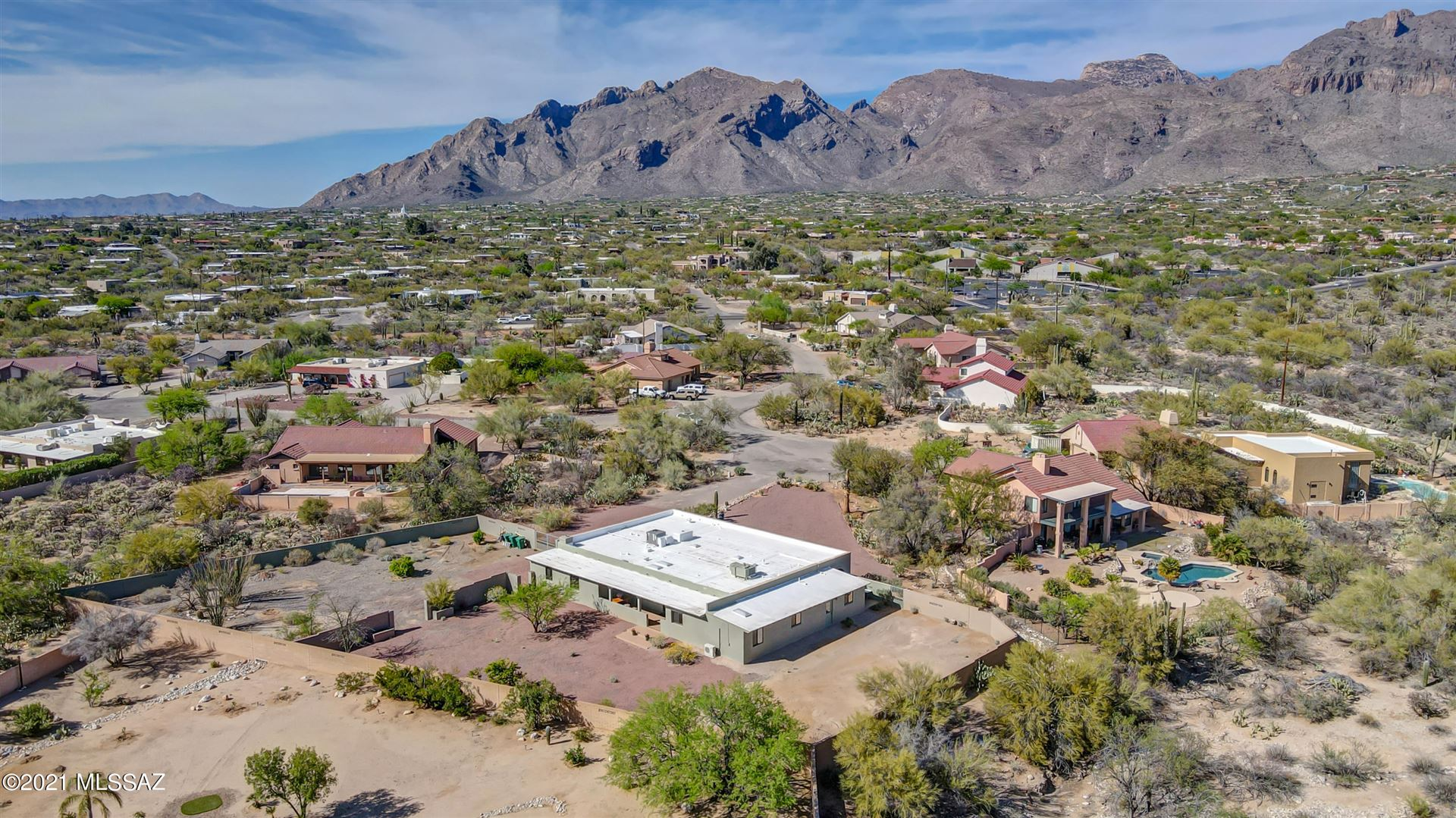 6368 N Camino Padre Isidoro, Tucson, AZ 85718 - MLS#: 22109325
