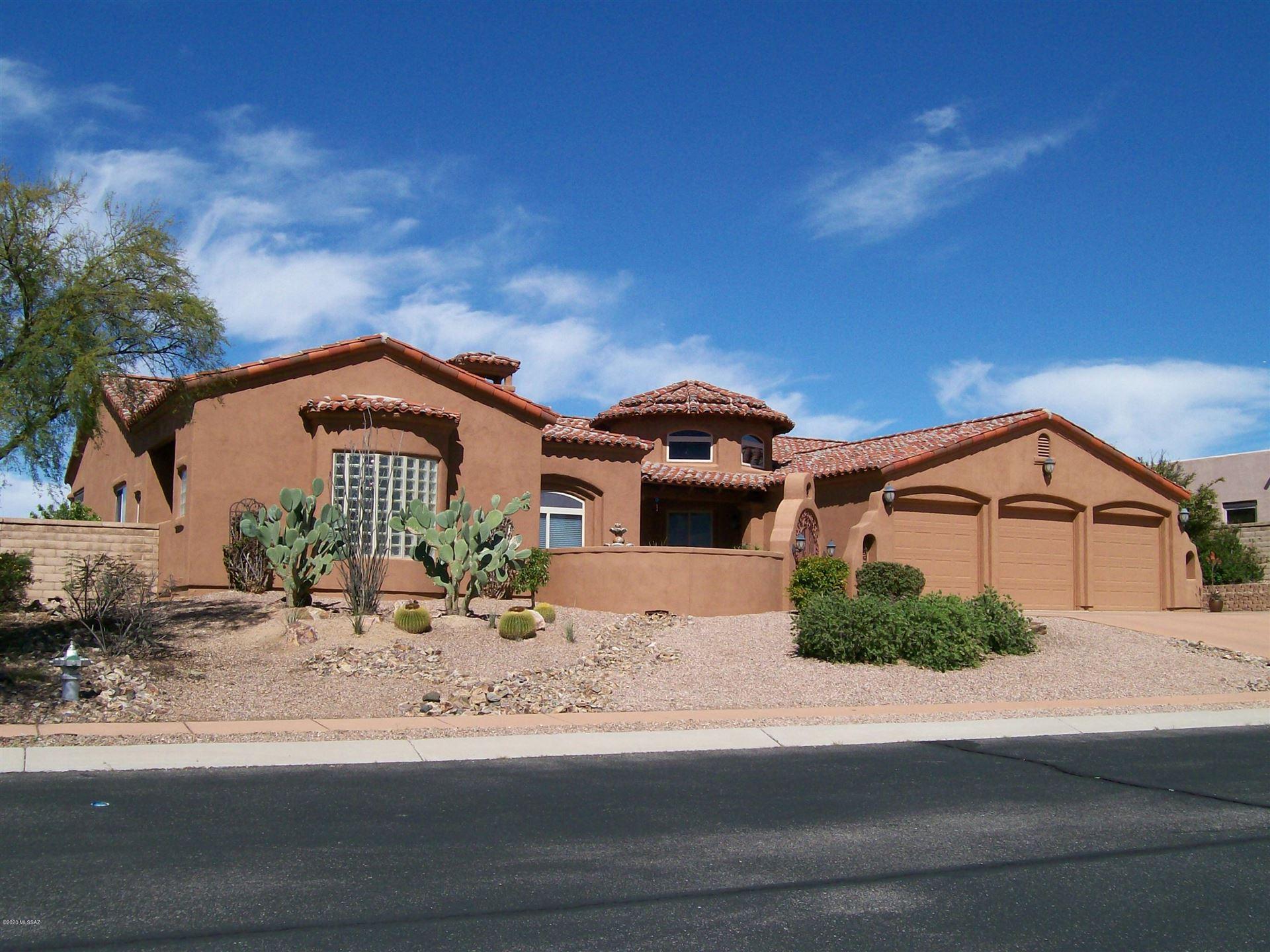 22 W Desert Knoll Place, Oro Valley, AZ 85737 - MLS#: 22012338