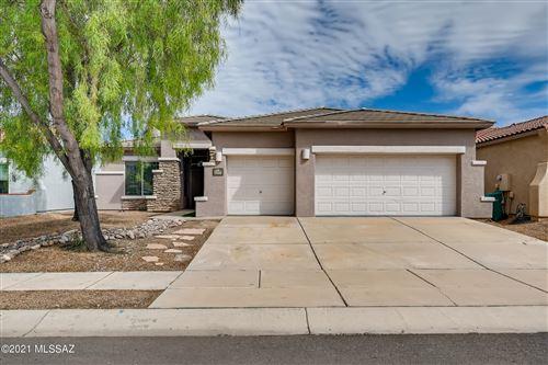 Photo of 7480 W Cosmic Sky Drive, Tucson, AZ 85743 (MLS # 22124357)