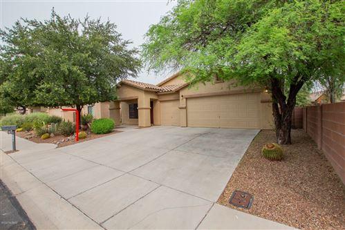 Photo of 8271 N Rocky Brook Drive, Tucson, AZ 85743 (MLS # 22023358)