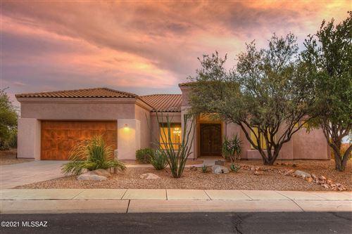 Photo of 5923 W DOUBLE GREEN Lane, Marana, AZ 85658 (MLS # 22124359)