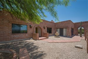 Photo of 5011 N Camino Esplendora, Tucson, AZ 85718 (MLS # 21917361)