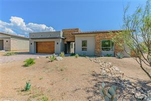 Photo of 940 W Enclave Canyon Court, Oro Valley, AZ 85755 (MLS # 21910363)
