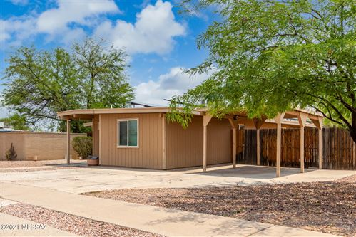Photo of 8120 E Balfour Drive, Tucson, AZ 85710 (MLS # 22117375)