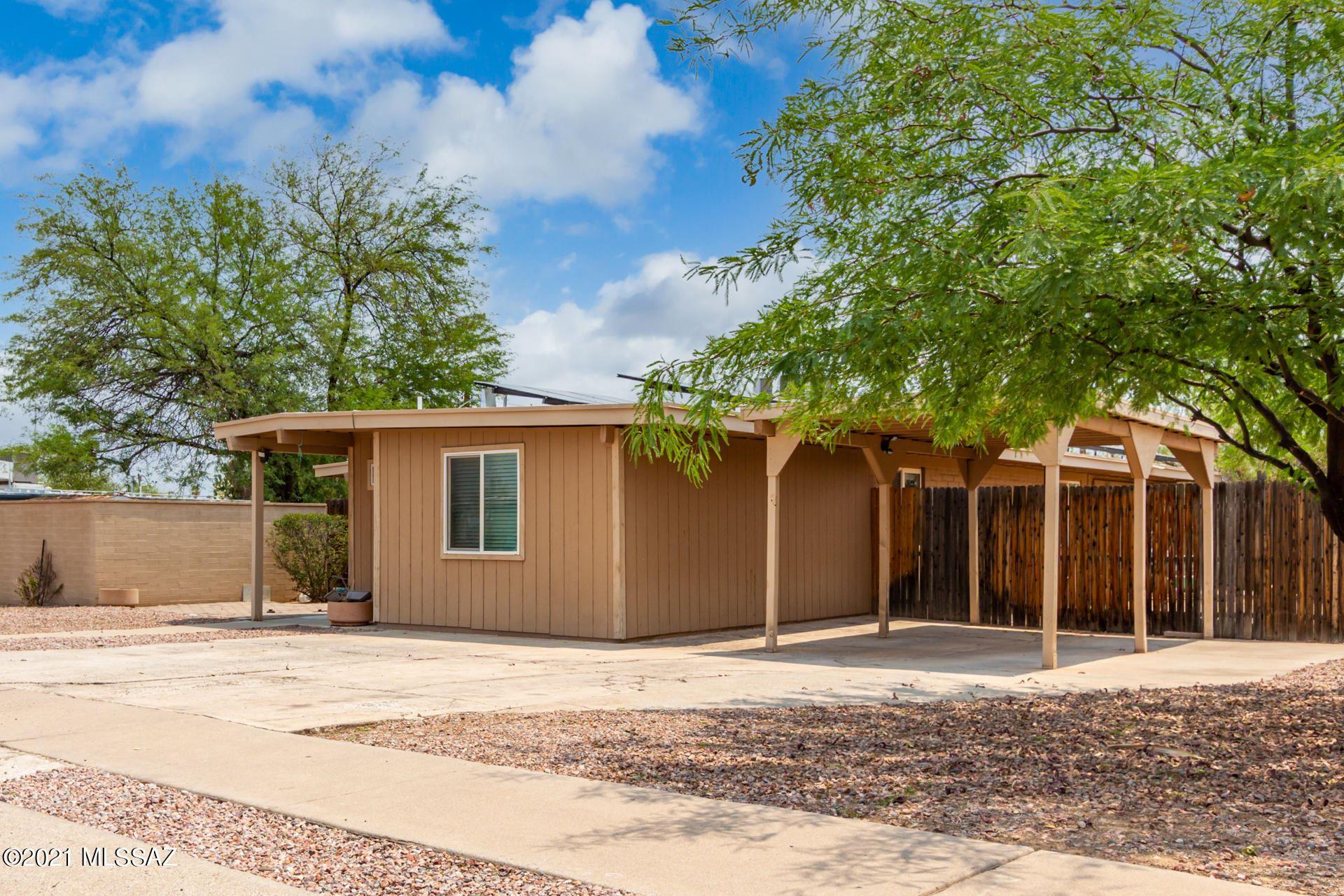 8120 E Balfour Drive, Tucson, AZ 85710 - MLS#: 22117375