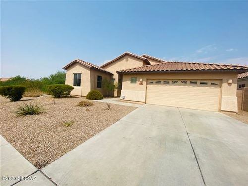 Photo of 7098 W Lone Flower Drive, Tucson, AZ 85743 (MLS # 22021376)