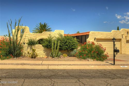 Photo of 890 W Vereda Calma, Green Valley, AZ 85614 (MLS # 22124428)