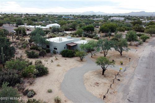 Photo of 8220 N Placita Sur Oeste, Tucson, AZ 85741 (MLS # 22126443)