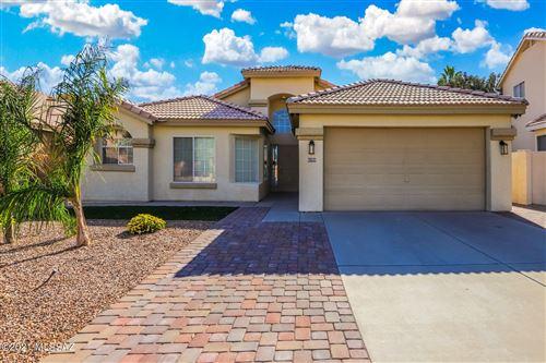 Photo of 6755 W Alegria Drive, Tucson, AZ 85743 (MLS # 22126450)