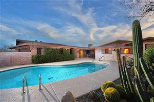 Photo of 6661 N Montezuma Drive, Tucson, AZ 85718 (MLS # 21919471)