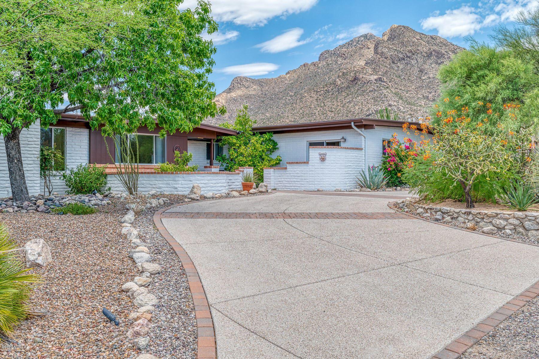 401 E Catalina Shadows Boulevard, Tucson, AZ 85704 - MLS#: 22018471