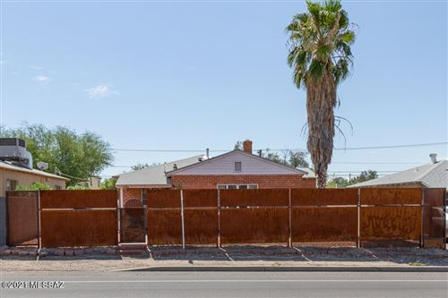 Photo of 1710 E Grant Road, Tucson, AZ 85719 (MLS # 22123507)