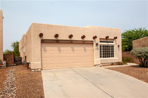 Photo of 3662 W Camino De Talia, Tucson, AZ 85741 (MLS # 22022526)
