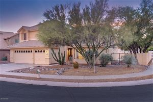 Photo of 174 W Blackstone Road, Oro Valley, AZ 85755 (MLS # 21915534)