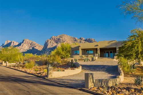 Photo of 775 W Kenilworth Place, Oro Valley, AZ 85737 (MLS # 21930568)