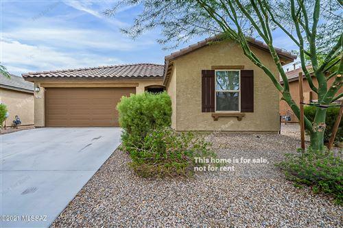 Photo of 11682 W Oilseed Drive, Marana, AZ 85653 (MLS # 22118575)