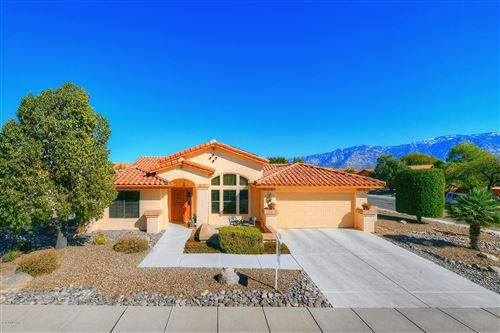 Photo of 14450 N Crown Point Drive, Oro Valley, AZ 85755 (MLS # 22001577)