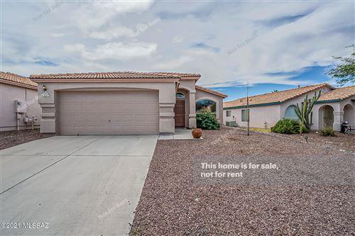 Photo of 3513 W Camino De Urania, Tucson, AZ 85741 (MLS # 22127583)
