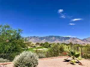 Photo of 14290 N Choctaw Drive, Oro Valley, AZ 85755 (MLS # 21918591)