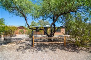 Photo of 1521 E Spring Street, Tucson, AZ 85719 (MLS # 21918603)