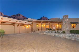 Photo of 10280 N Cliff Dweller Place, Oro Valley, AZ 85737 (MLS # 21902610)