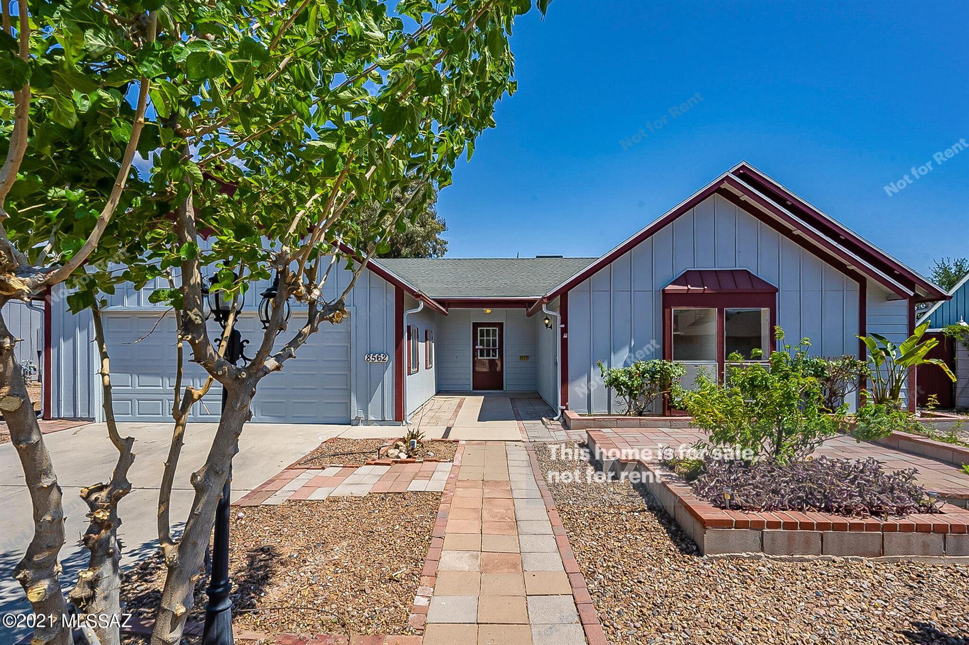 8562 N Holly Brook Avenue, Tucson, AZ 85742 - MLS#: 22114612