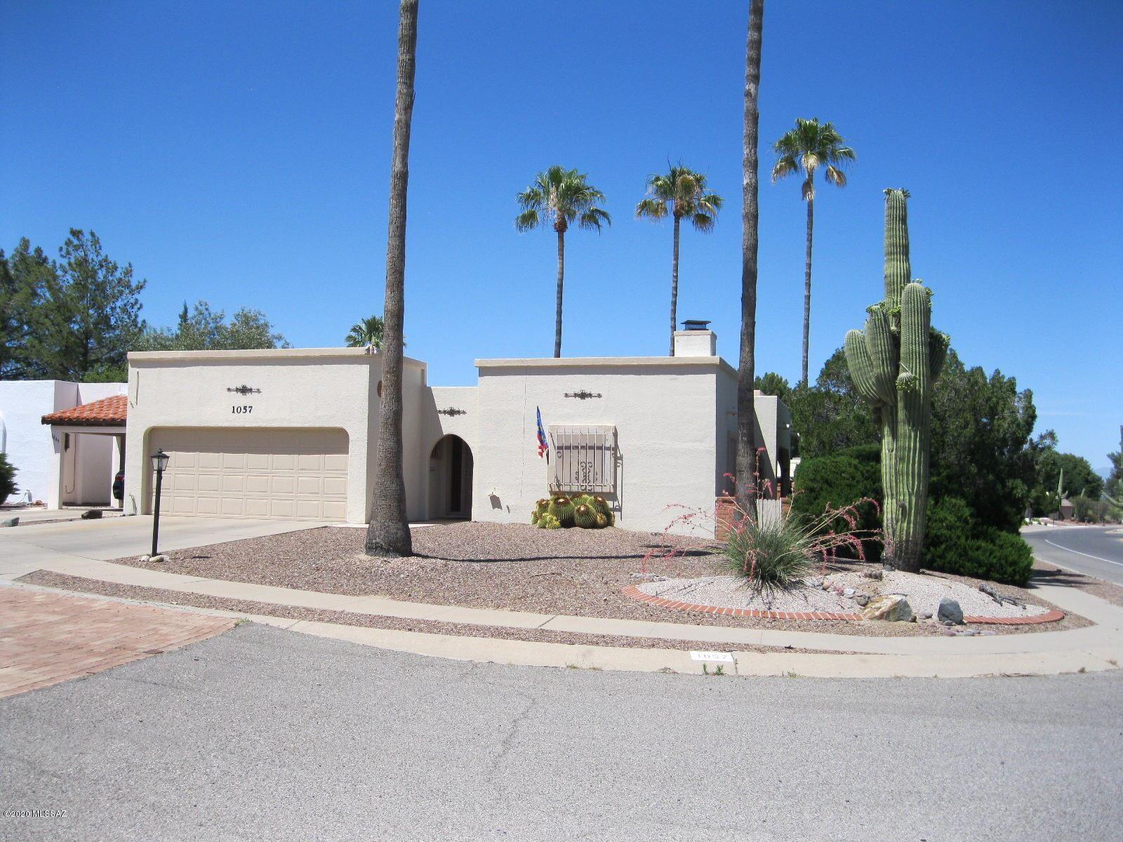 1057 N Abrego Drive, Green Valley, AZ 85614 - MLS#: 22013618