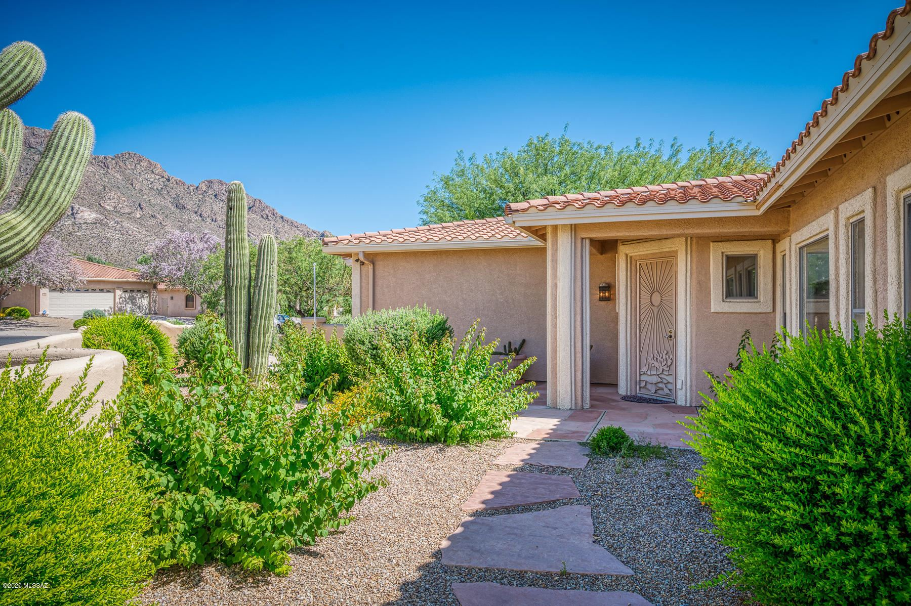 9655 N Golden Sun Drive, Tucson, AZ 85737 - MLS#: 22012620