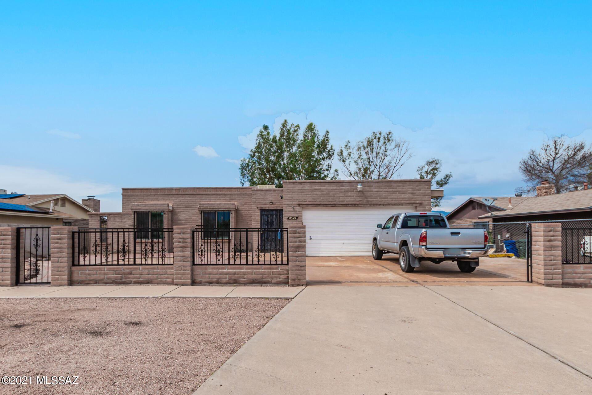 8325 E Stella Road, Tucson, AZ 85730 - MLS#: 22118649