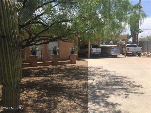 Photo of 630 N Mann Ci N Circle, Tucson, AZ 85710 (MLS # 22117654)